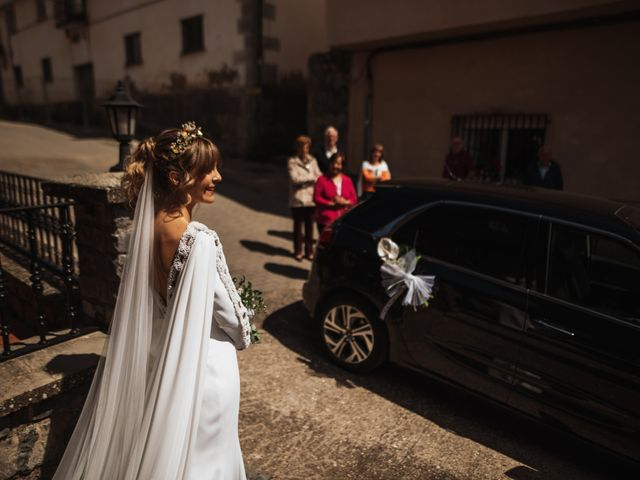 La boda de Luis Gabriel y Rebeca en Torrecilla En Cameros, La Rioja 13