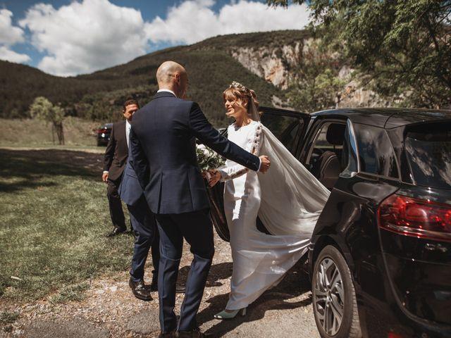La boda de Luis Gabriel y Rebeca en Torrecilla En Cameros, La Rioja 1