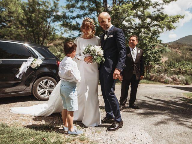 La boda de Luis Gabriel y Rebeca en Torrecilla En Cameros, La Rioja 15