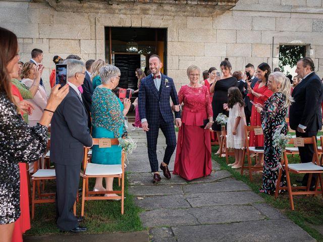 La boda de Fernando y Rebeca en Ferrol, A Coruña 13