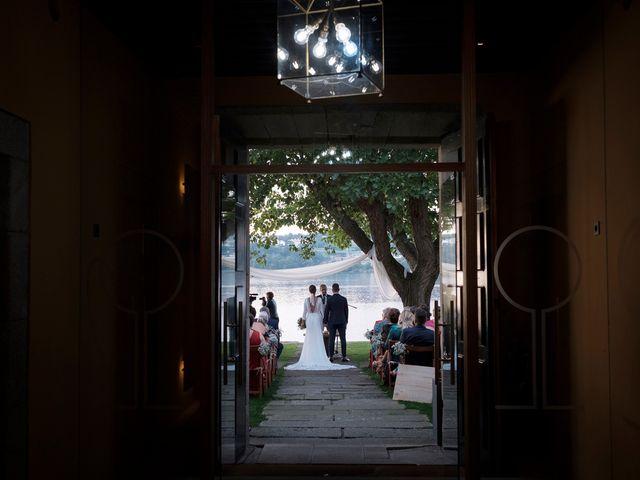 La boda de Fernando y Rebeca en Ferrol, A Coruña 26