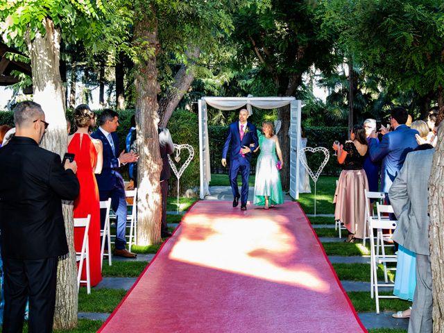 La boda de Sandra y Alberto en Madrid, Madrid 24