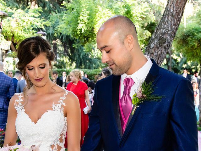 La boda de Sandra y Alberto en Madrid, Madrid 29