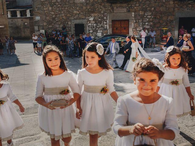 La boda de Dani y Bea en Zarza La Mayor, Cáceres 60