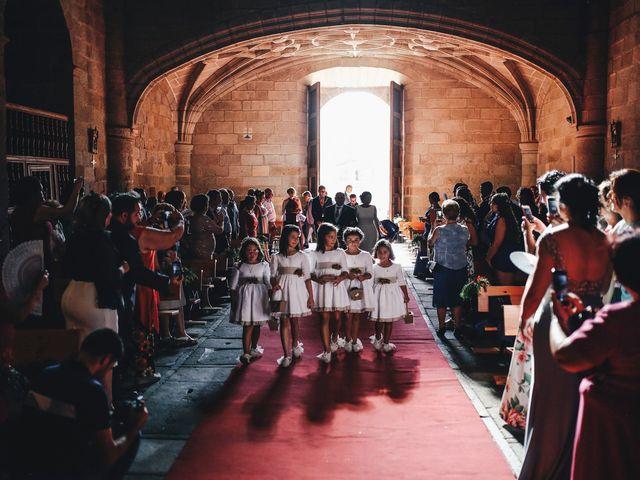 La boda de Dani y Bea en Zarza La Mayor, Cáceres 61