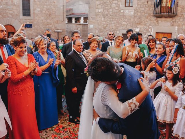 La boda de Dani y Bea en Zarza La Mayor, Cáceres 97