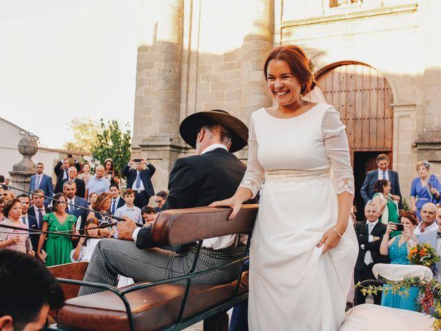 La boda de Dani y Bea en Zarza La Mayor, Cáceres 100