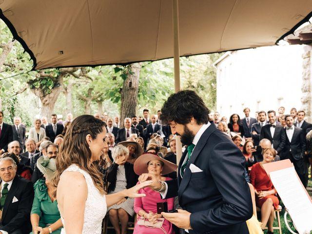 La boda de Martín y Mangels en Pamplona, Navarra 23