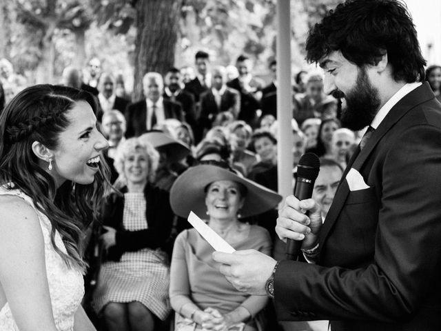 La boda de Martín y Mangels en Pamplona, Navarra 24