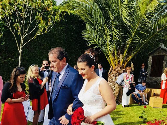 La boda de Carlos  y Nerea en Santiago De Compostela, A Coruña 28