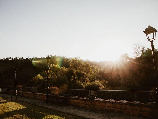 La boda de Juan y Ali en Cangas De Onis, Asturias 239