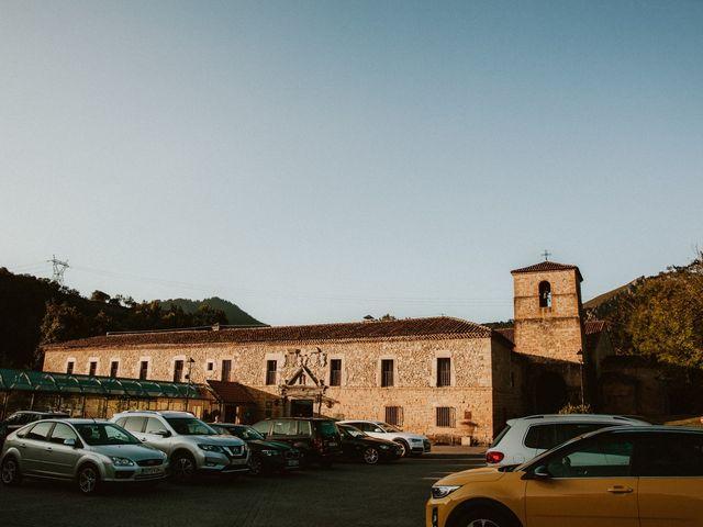 La boda de Juan y Ali en Cangas De Onis, Asturias 240