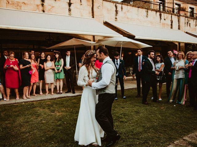 La boda de Juan y Ali en Cangas De Onis, Asturias 244