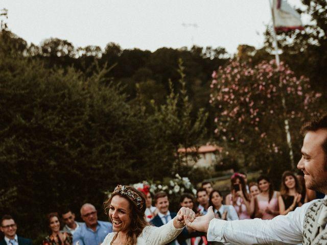 La boda de Juan y Ali en Cangas De Onis, Asturias 250