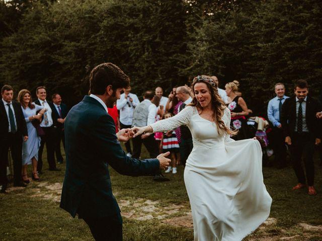 La boda de Juan y Ali en Cangas De Onis, Asturias 251