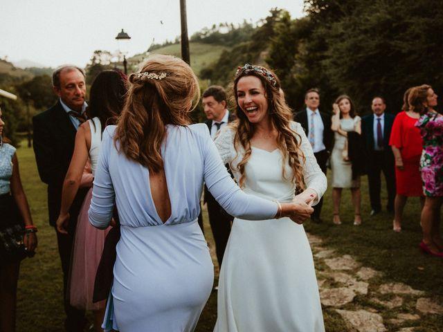 La boda de Juan y Ali en Cangas De Onis, Asturias 253