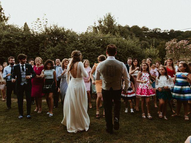 La boda de Juan y Ali en Cangas De Onis, Asturias 261