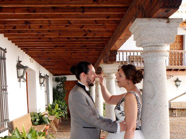 La boda de José Manuel y Ana en Caracuel De Calatrava, Ciudad Real 3