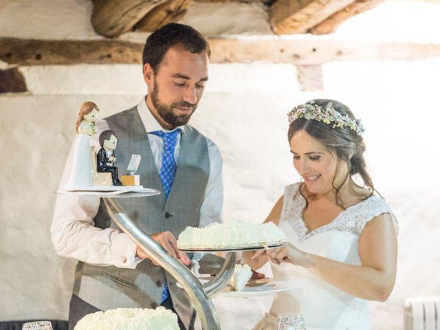 La boda de Unai y Garazi en Loiu, Vizcaya 28