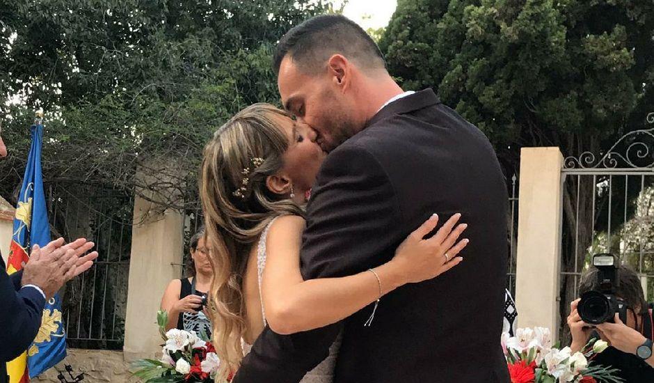 La boda de Erika y Jero en La/villajoyosa Vila Joiosa, Alicante