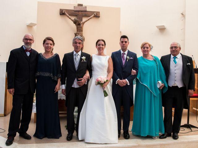 La boda de Arturo y Sara en Madrid, Madrid 35