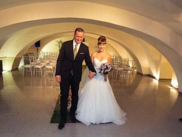 La boda de Miguel y Natalia en Madrid, Madrid 16