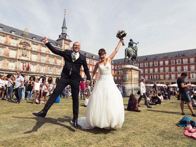 La boda de Miguel y Natalia en Madrid, Madrid 18
