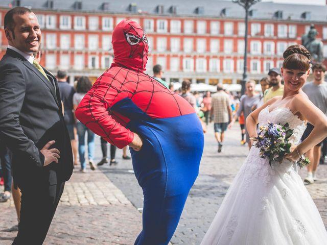 La boda de Miguel y Natalia en Madrid, Madrid 21