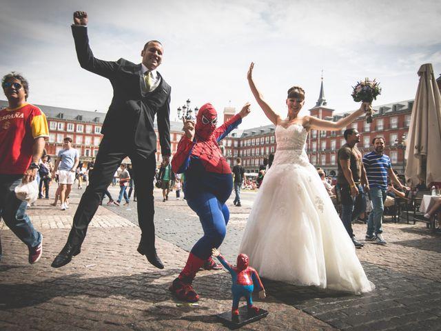 La boda de Miguel y Natalia en Madrid, Madrid 22