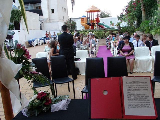 La boda de Mike y Nicole en L' Alfàs Del Pi, Alicante 9
