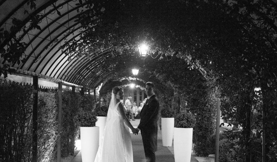 La boda de Arturo y Sara en Madrid, Madrid