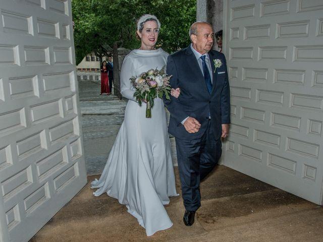 La boda de Javier y Silvia en San Lorenzo De El Escorial, Madrid 13