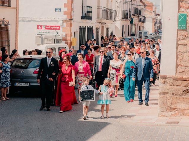 La boda de Pedro y Almudena en Membrilla, Ciudad Real 42