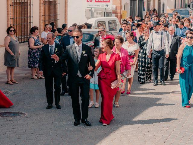 La boda de Pedro y Almudena en Membrilla, Ciudad Real 43
