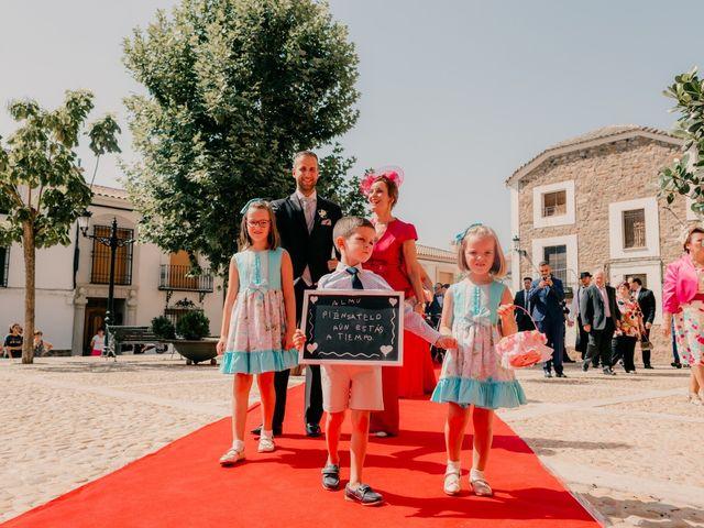 La boda de Pedro y Almudena en Membrilla, Ciudad Real 48