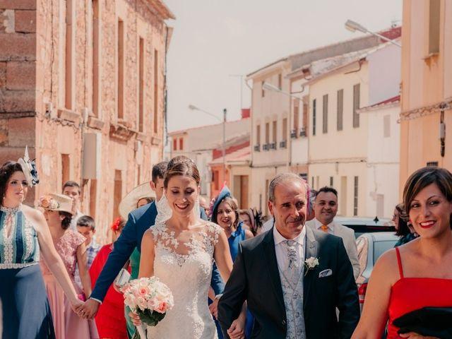 La boda de Pedro y Almudena en Membrilla, Ciudad Real 50