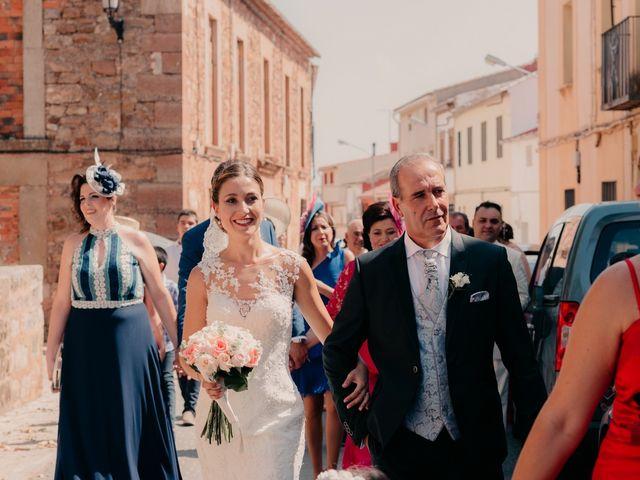 La boda de Pedro y Almudena en Membrilla, Ciudad Real 51