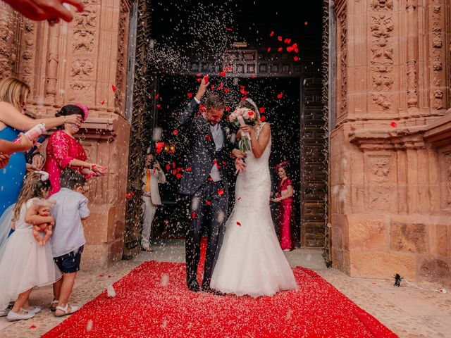 La boda de Pedro y Almudena en Membrilla, Ciudad Real 76