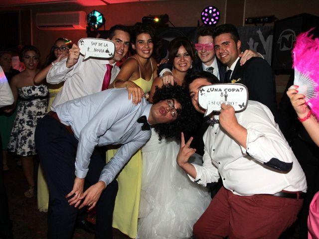 La boda de Jairo y Miriam en Jerez De La Frontera, Cádiz 18