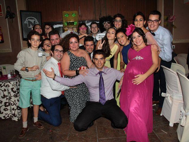 La boda de Jairo y Miriam en Jerez De La Frontera, Cádiz 32