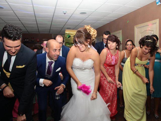 La boda de Jairo y Miriam en Jerez De La Frontera, Cádiz 33