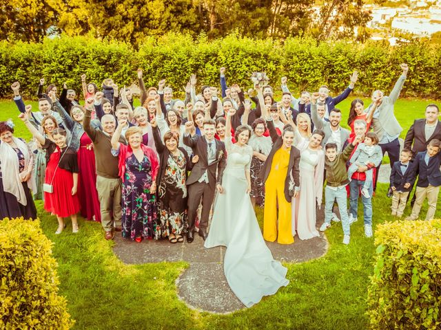 La boda de Álex y Espe en Bueu (Meiro), Pontevedra 36