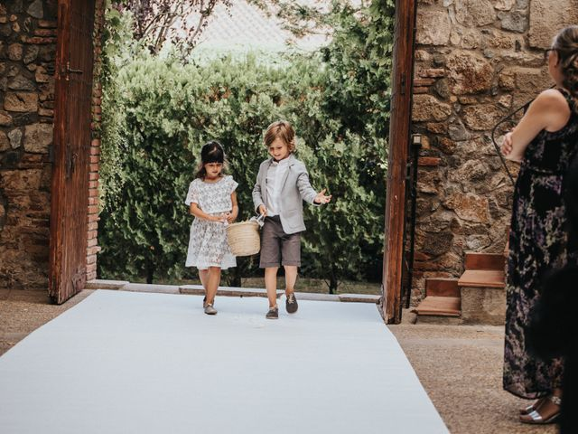 La boda de Adrià y Cristina en Vilanova Del Valles, Barcelona 33