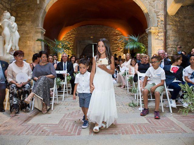 La boda de Roger y Lis en Torroella De Montgri, Girona 18