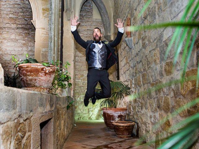 La boda de Roger y Lis en Torroella De Montgri, Girona 23