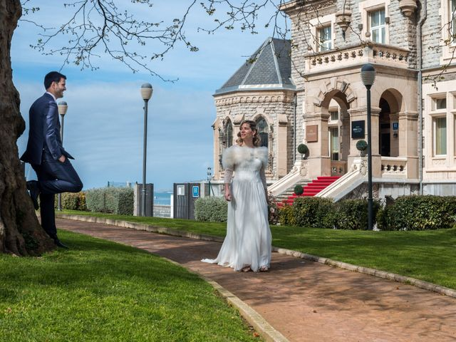 La boda de Rubén y Nagore en Santurtzi, Vizcaya 23