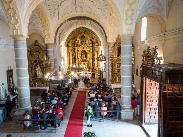 La boda de Carlos y Lorena en Pozal De Gallinas, Valladolid 17