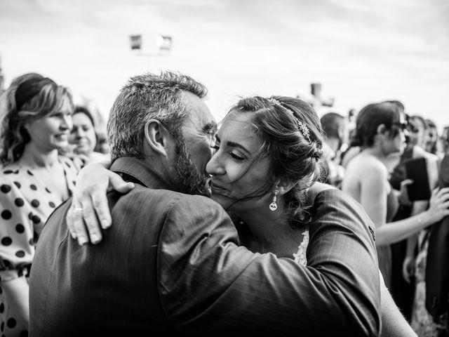 La boda de Carlos y Lorena en Pozal De Gallinas, Valladolid 23