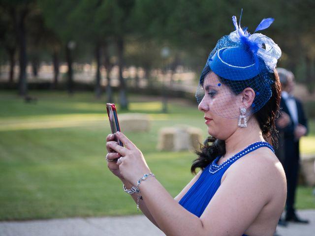 La boda de Carlos y Lorena en Pozal De Gallinas, Valladolid 39