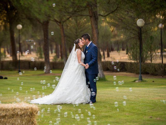 La boda de Carlos y Lorena en Pozal De Gallinas, Valladolid 41